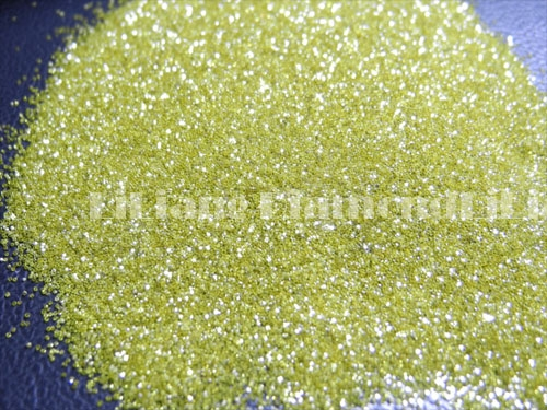 China Factory HPHT Industrial Yellow Synthetic Diamond Powder